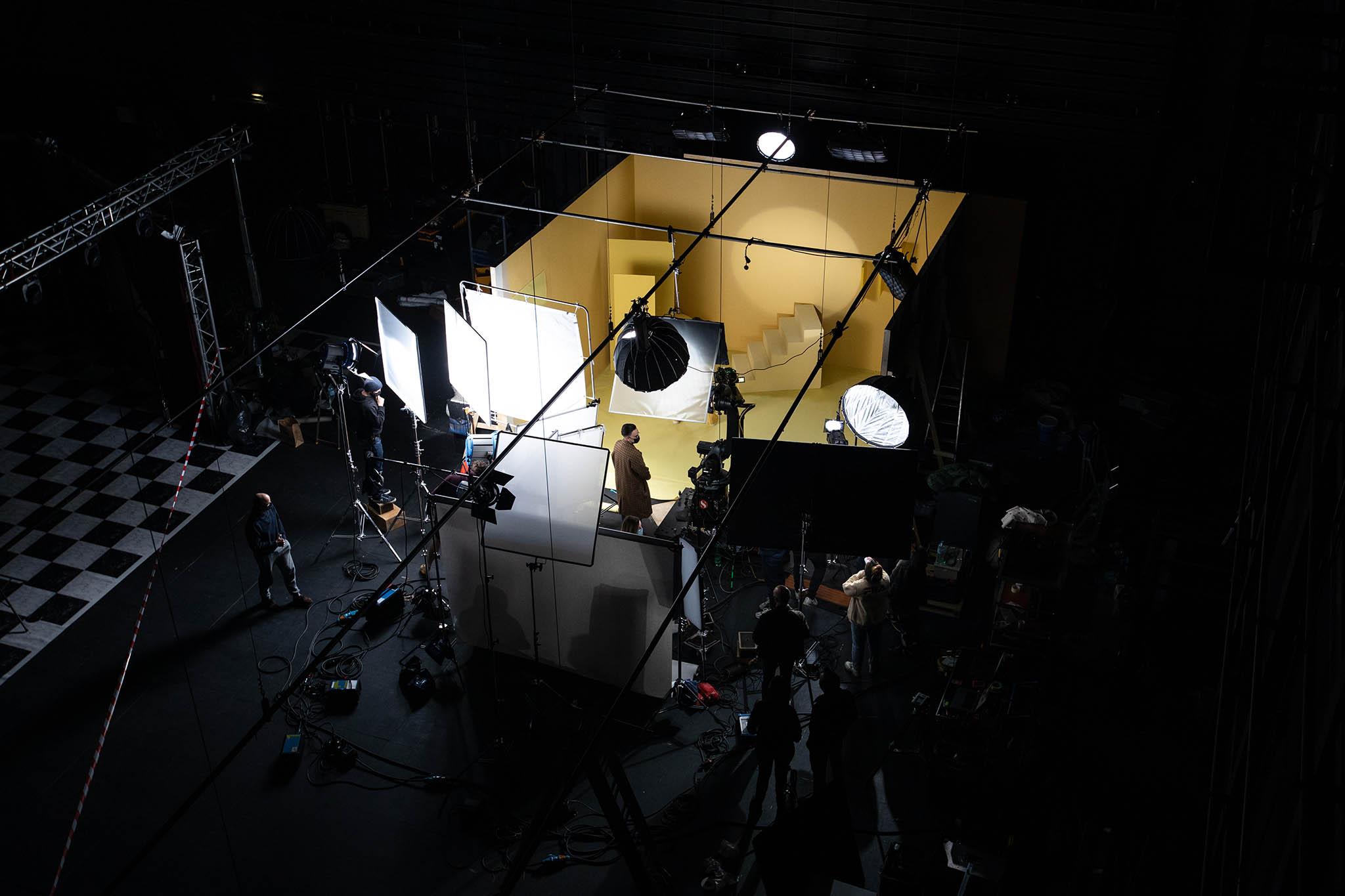 Vu de dessus d'un studio de tournage du Pôle PIXEL