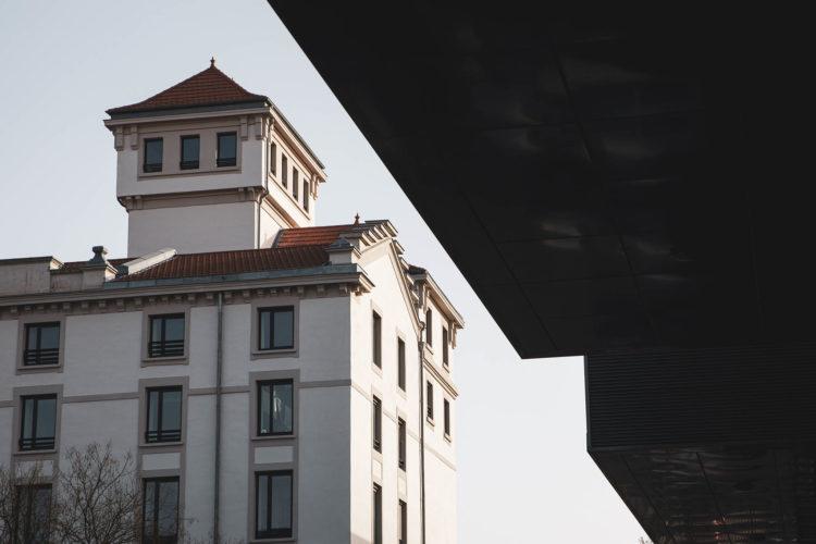 Vue du bâtiment principal du Pôle PIXEL